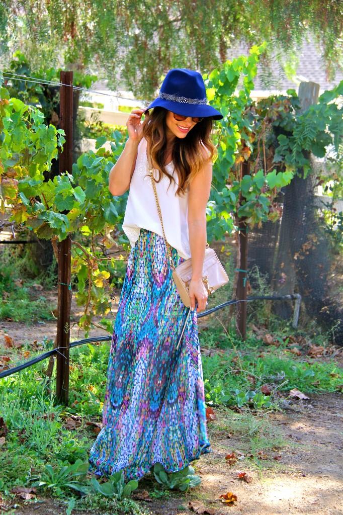 maxi skirt, navy fedora