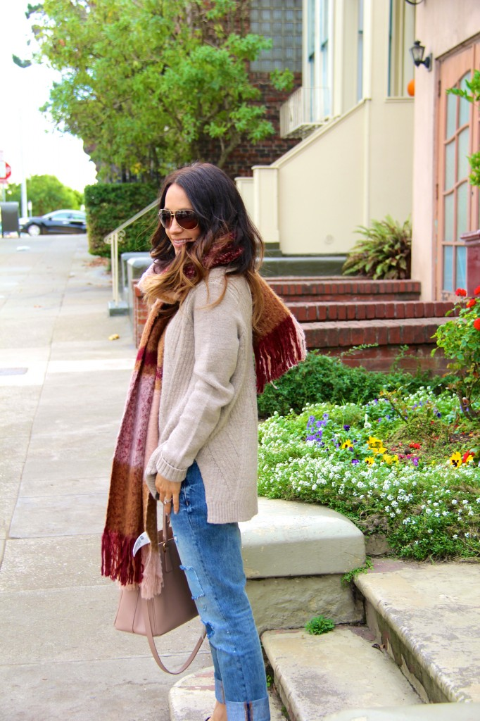 blanket scarf, chunky knit sweater