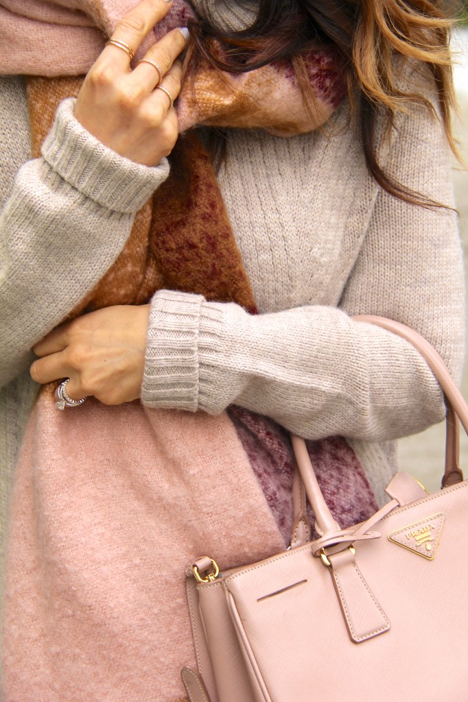 chunky knit sweater, blanket scarf