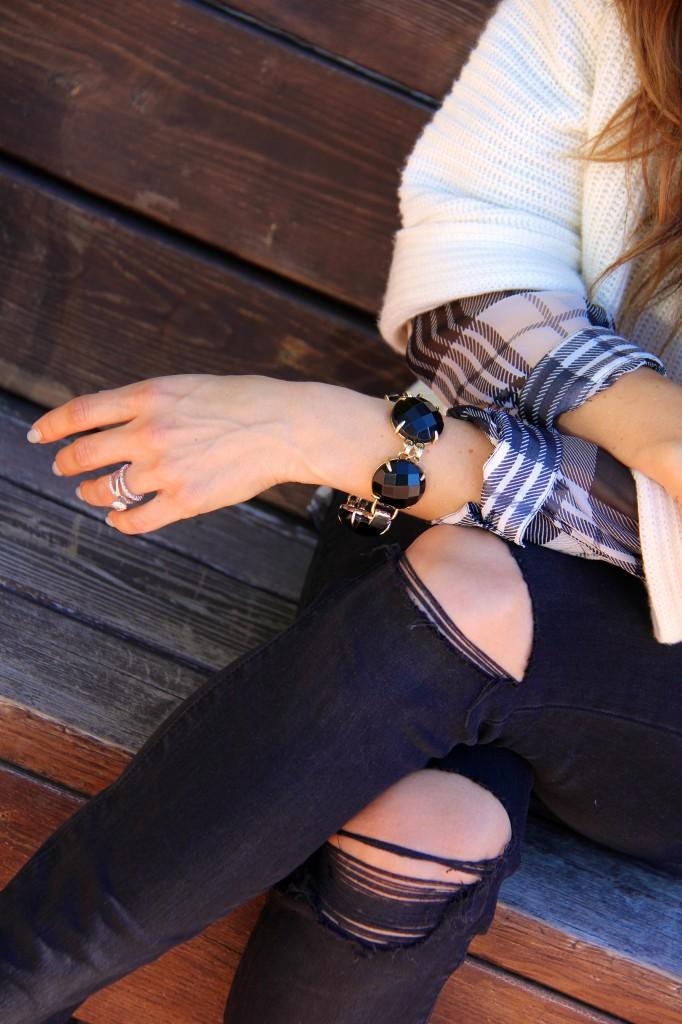 kendra scott cassie bracelet, distressed denim
