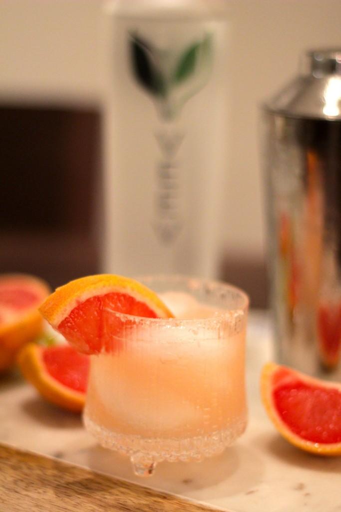 VEEV grapefruit margarita