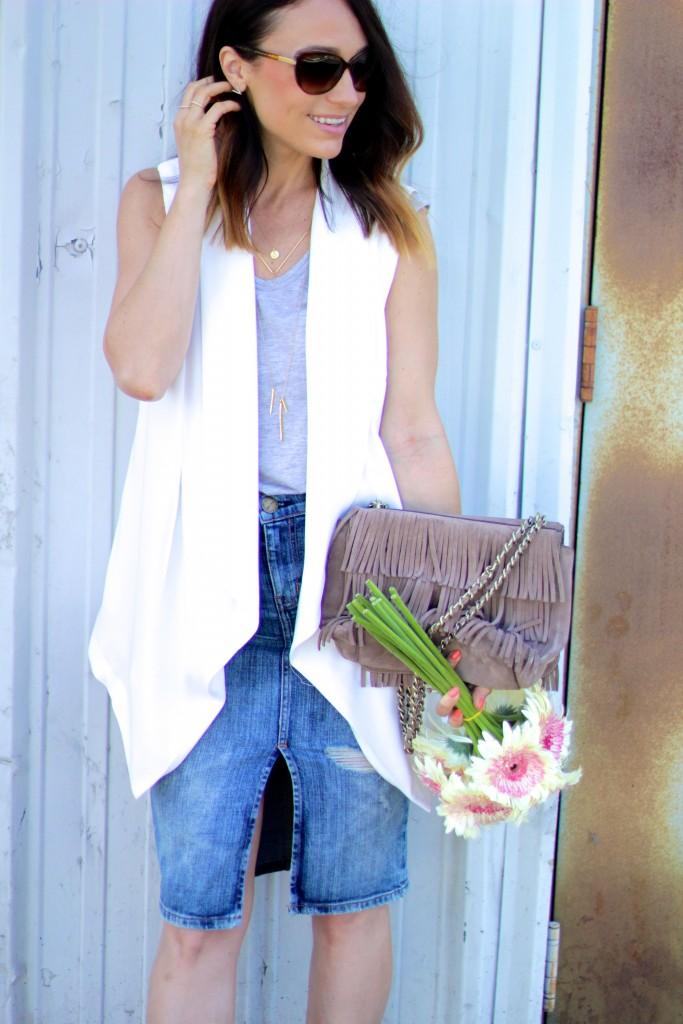 white vest, fringe bag, denim skirt