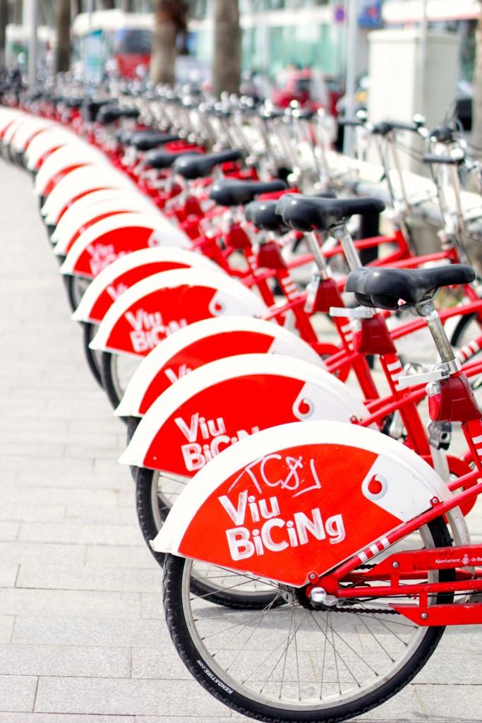 barcelona bikes, itsy bitsy indulgences