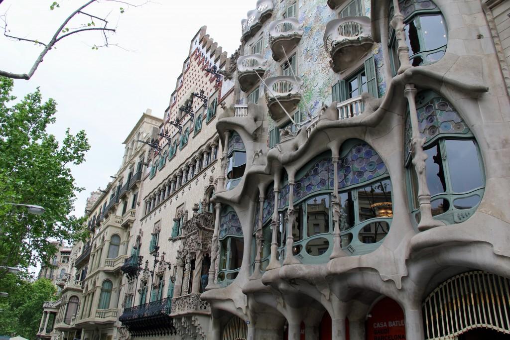 Gaudi architecture, barcelona, itsy bitsy indulgences