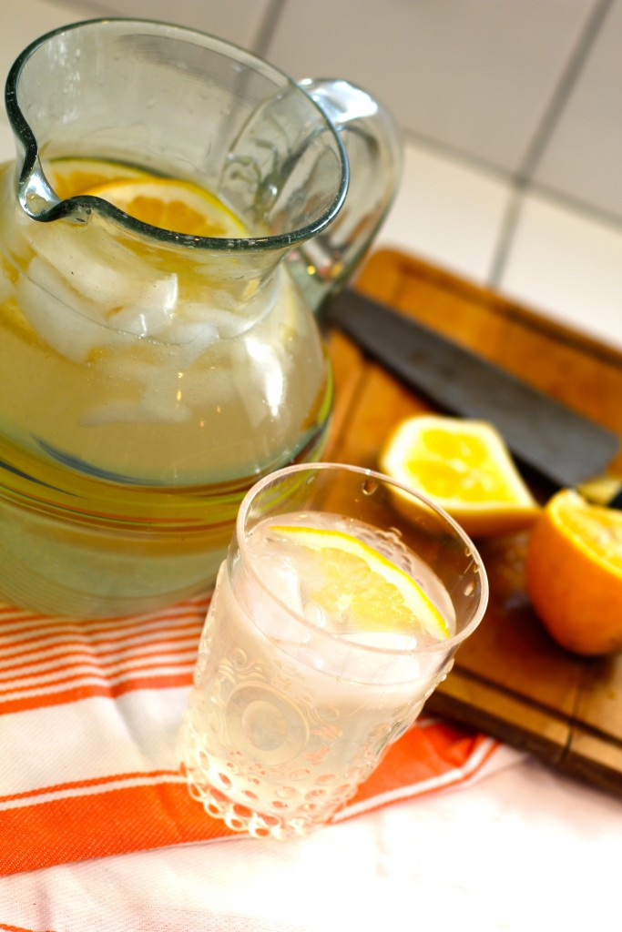 homemade lemonade, itsy bitsy indulgences