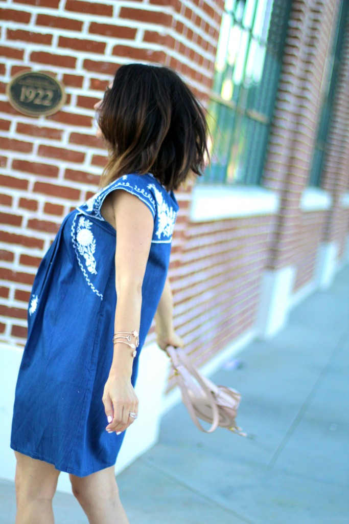 chambray dress, itsy bitsy indulgences