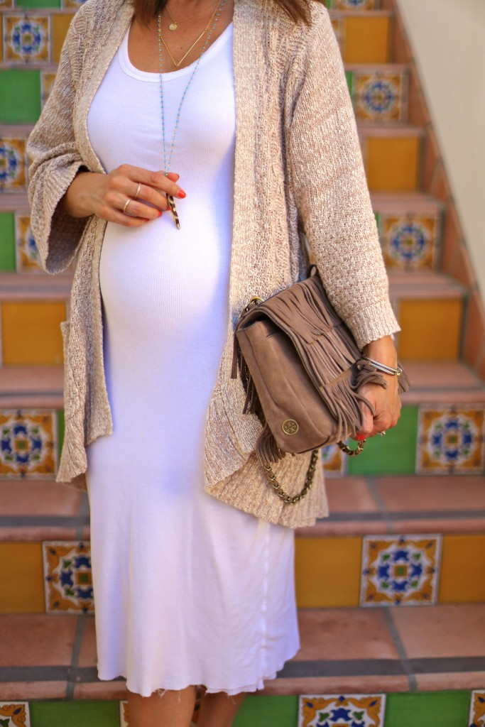 white midi dress baby bump, fringe purse, itsy bitsy indulgences