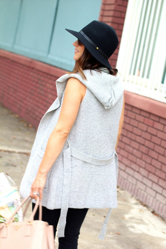 itsy bitsy indulgences, grey sweater best, black fedora
