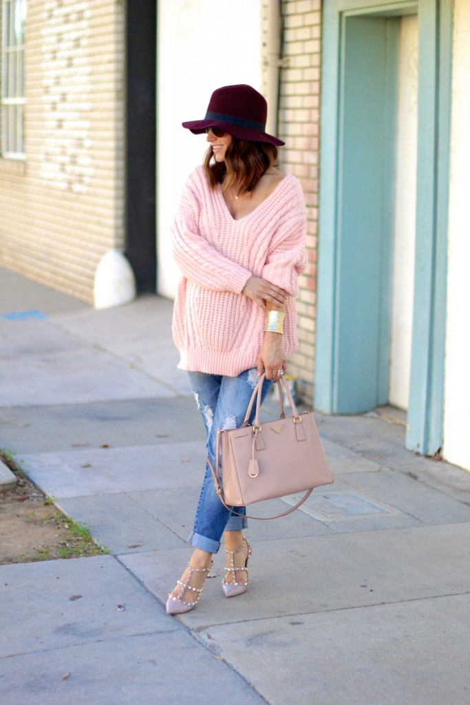 oversized blush sweater, itsy bitsy indulgences