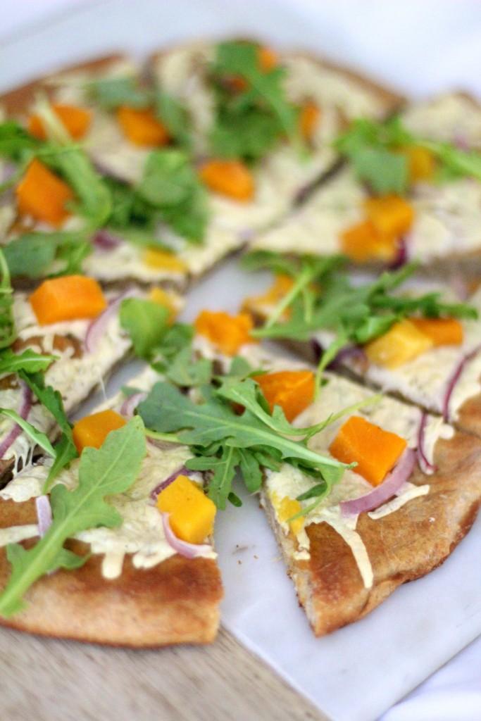 butternut squash pizza, itsy bitsy indulgences