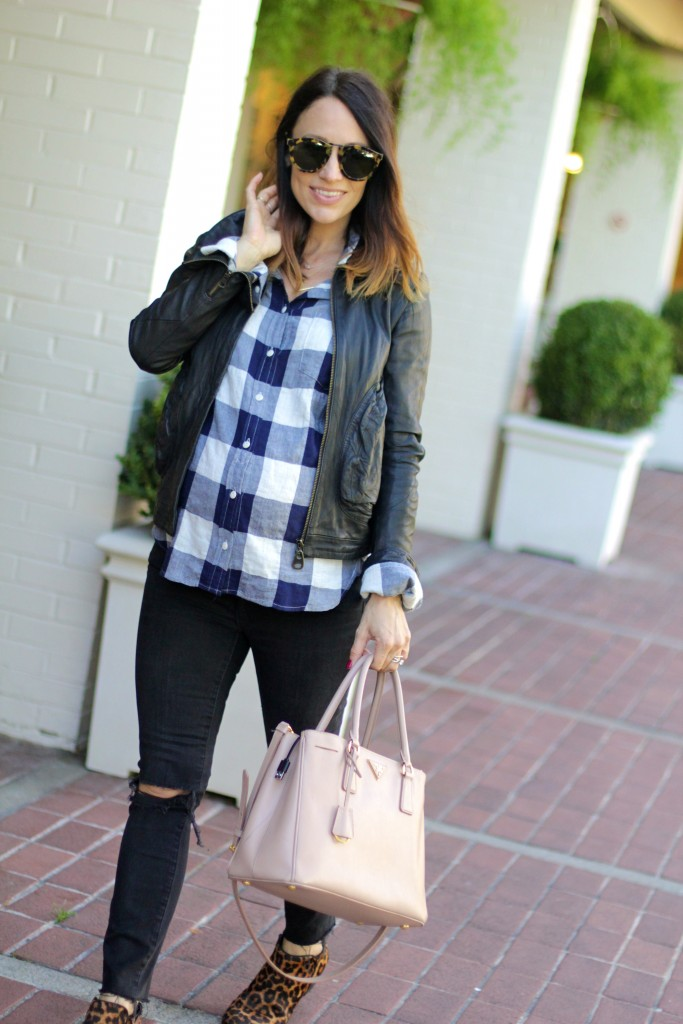 plaid top, baby bump style, itsy bitsy indulgences