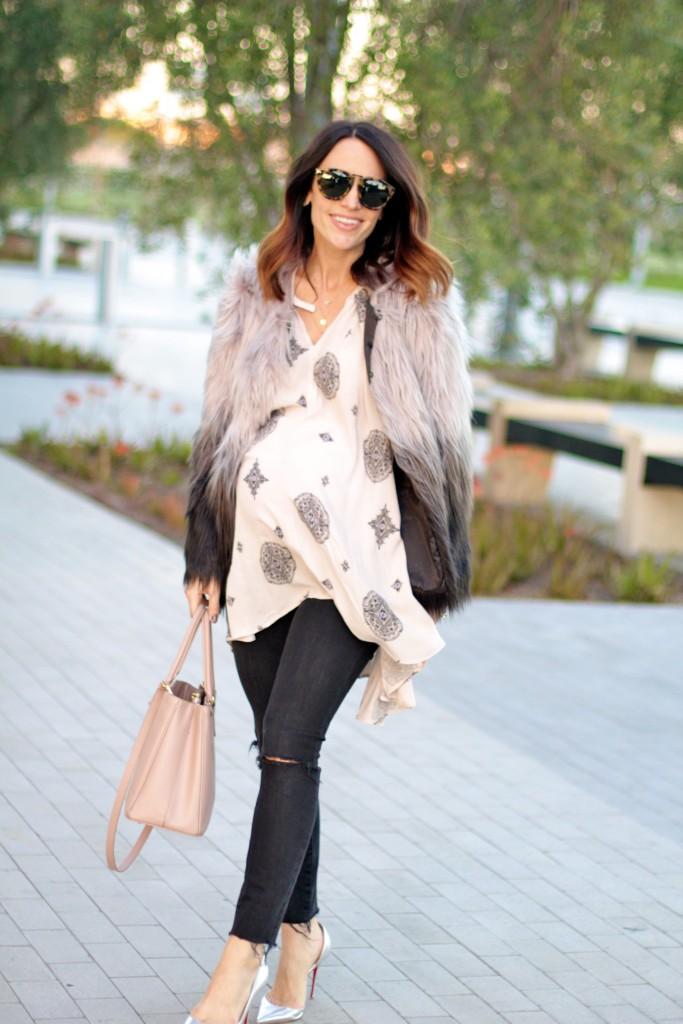 faux fur jacket, holiday dressing the bump, itsy bitsy indulgences
