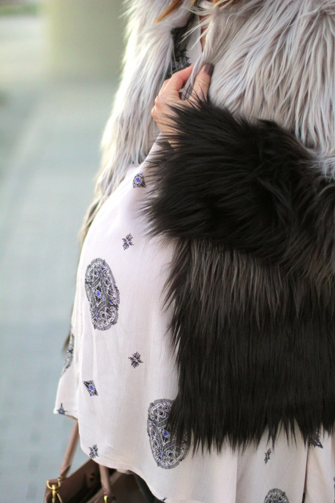 two toned faux fur coat, pregnancy style, itsy bitsy indulgences
