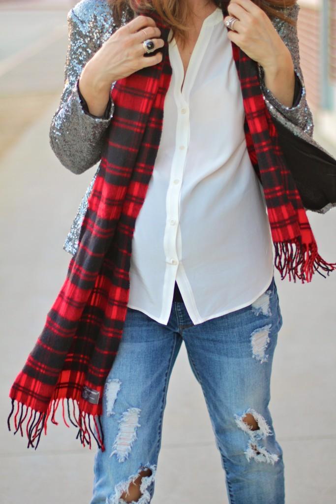 baby bump holiday style, buffalo plaid scarf, itsy bitsy indulgences