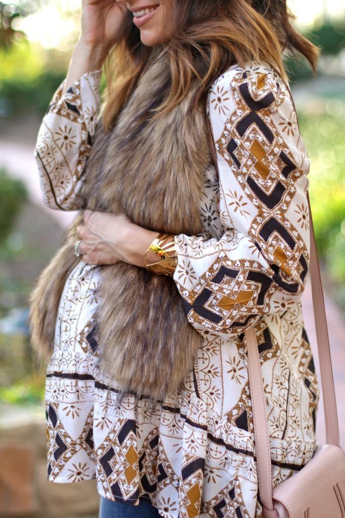 faux fur stole, boho pregnancy style, itsy bitsy indulgences