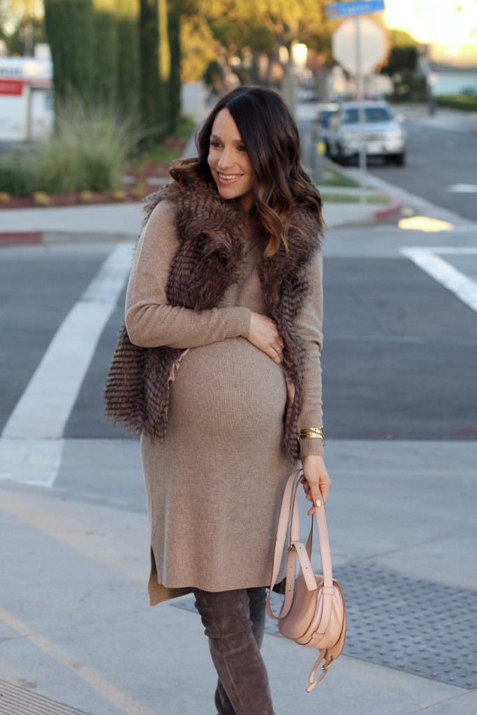 pregnancy style, sweater dress with faux fur, itsy bitsy indulgences