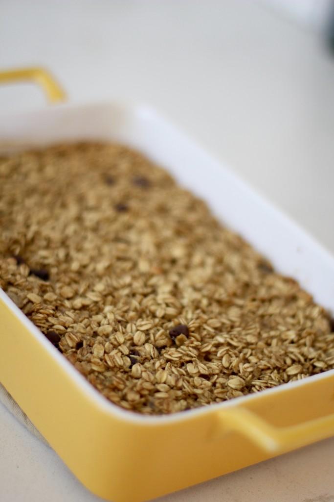 cinnamon oatmeal bake, itsy bitsy indulgences