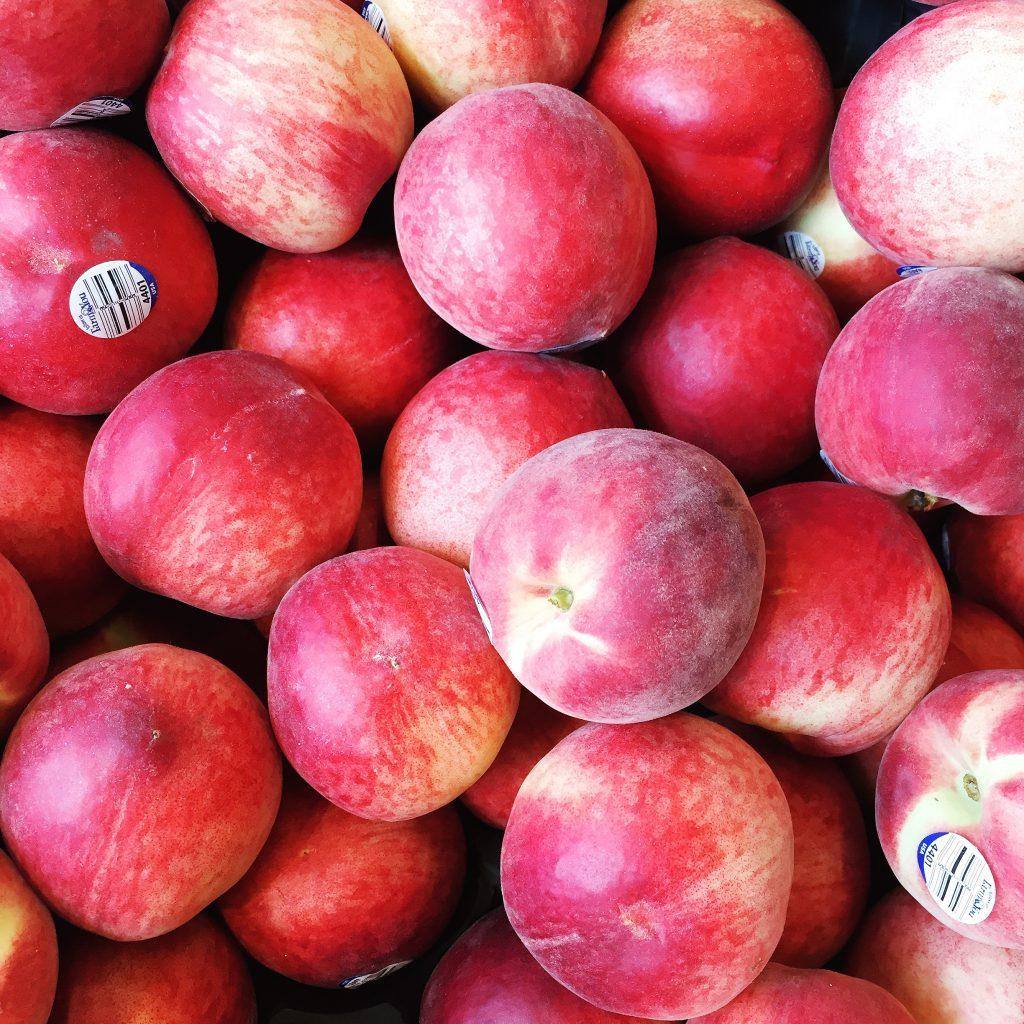 peaches, itsy bitsy indulgences