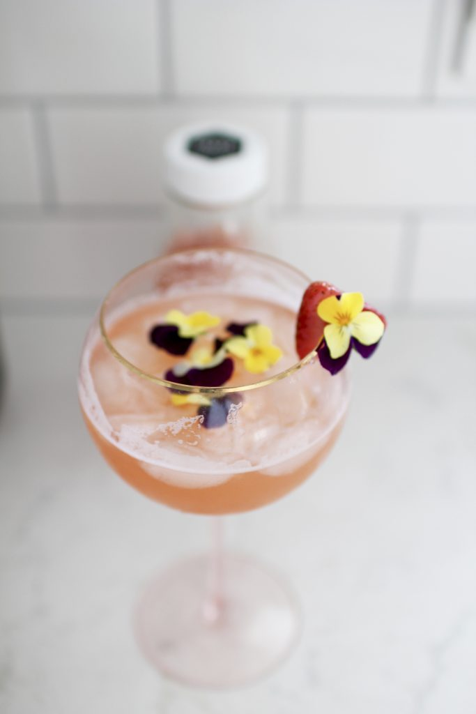 summer champagne cocktail, itsy bitsy indulgences