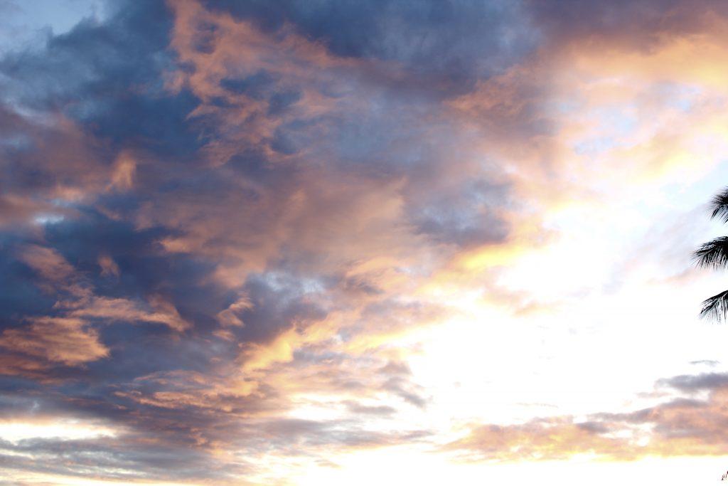 hawaiin sunset, itsy bitsy indulgences