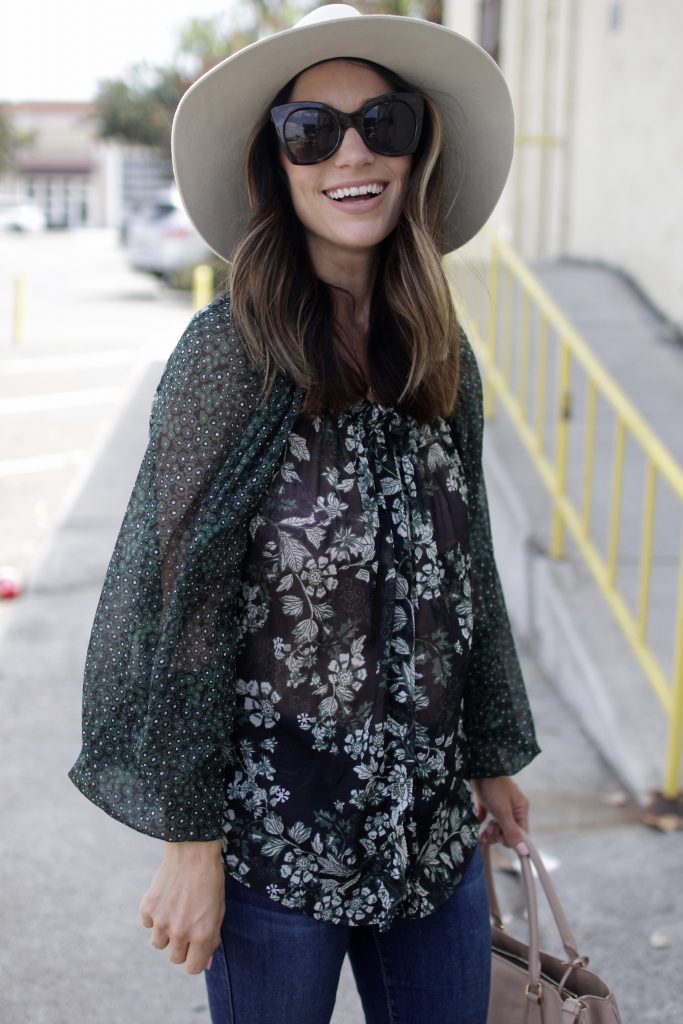 floral top for fall, itsy bitsy indulgences