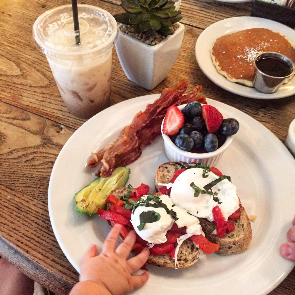 cafe lucca, itsy bitsy indulgences