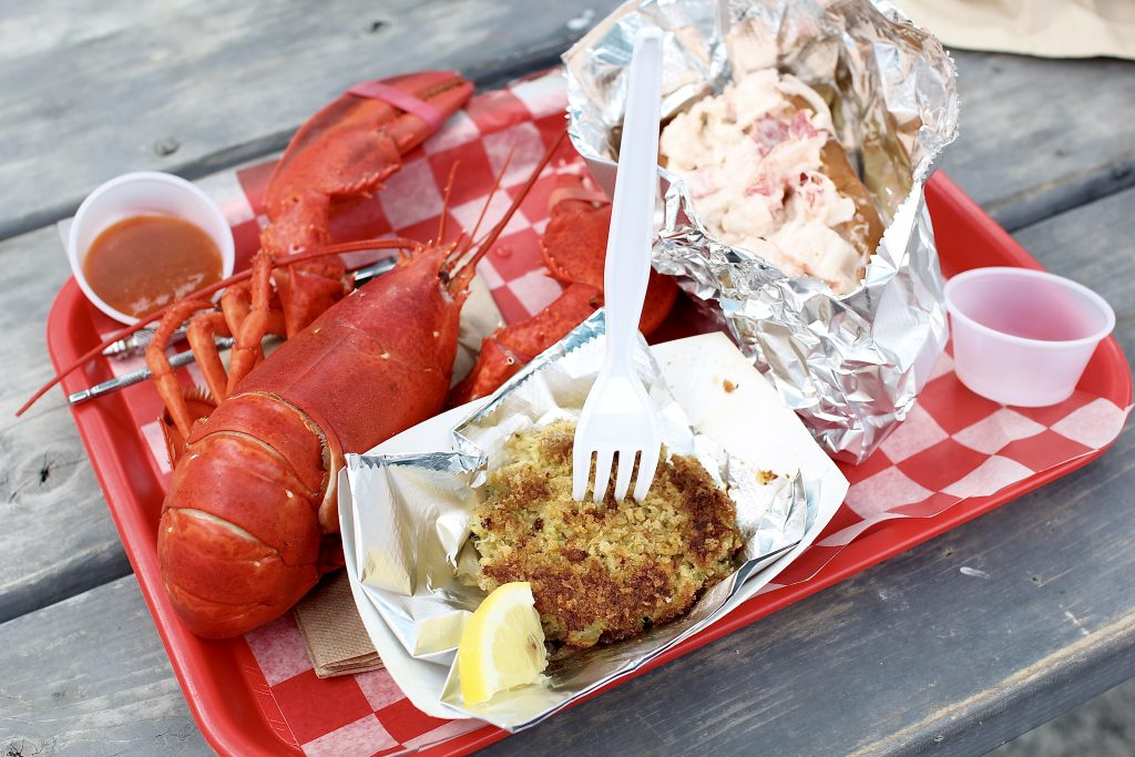 lobster rolls, itsy bitsy indulgences