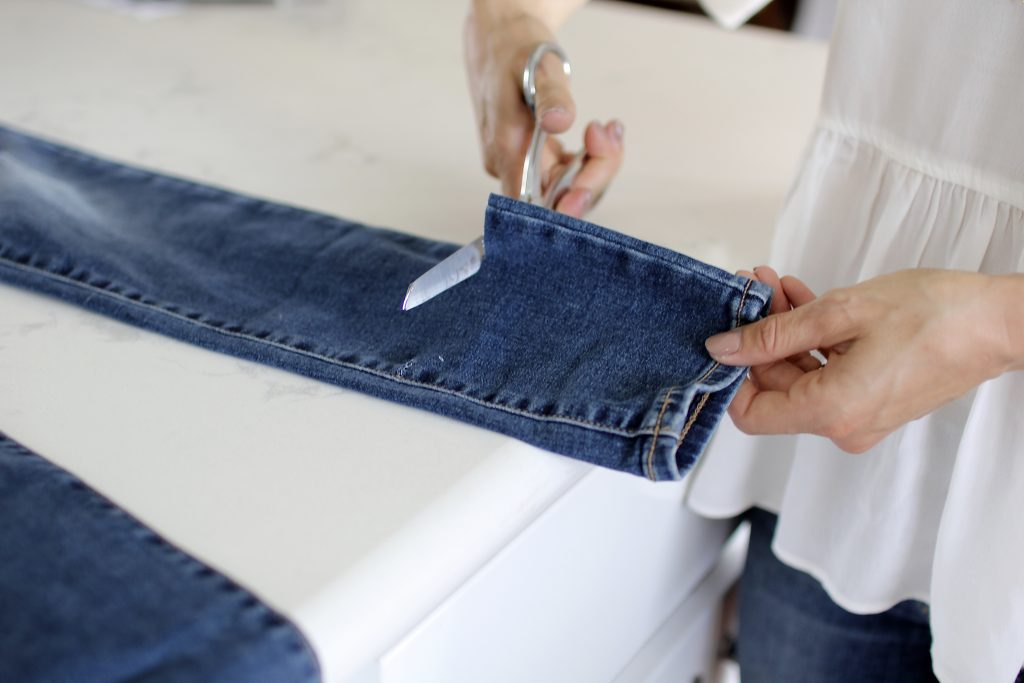 diy distressed denim, itsy bitsy indulgences