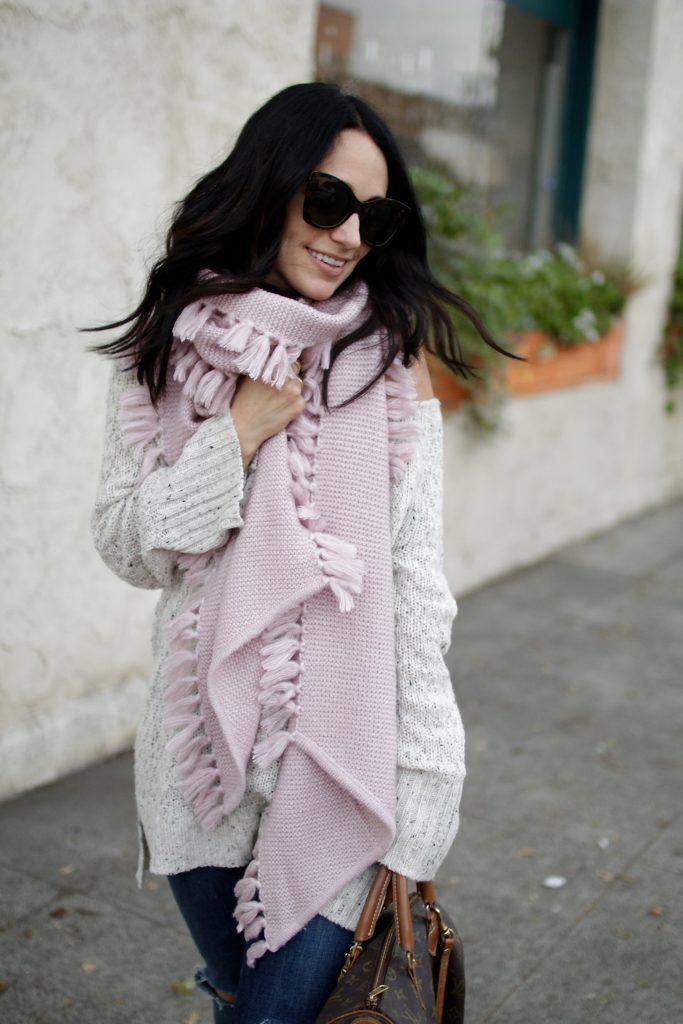pink tassel scarf,chunky knit, itsy bitsy indulgences